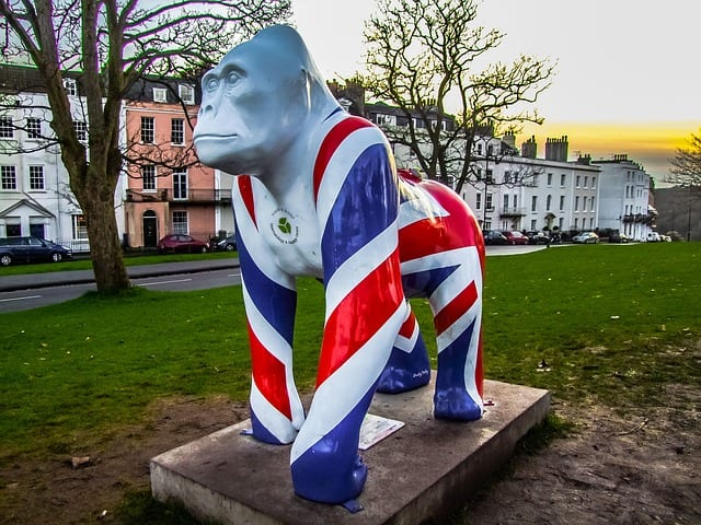 gorilla statue